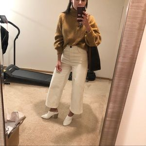 H&M White corduroy wide leg flare pants jeans sz 2
